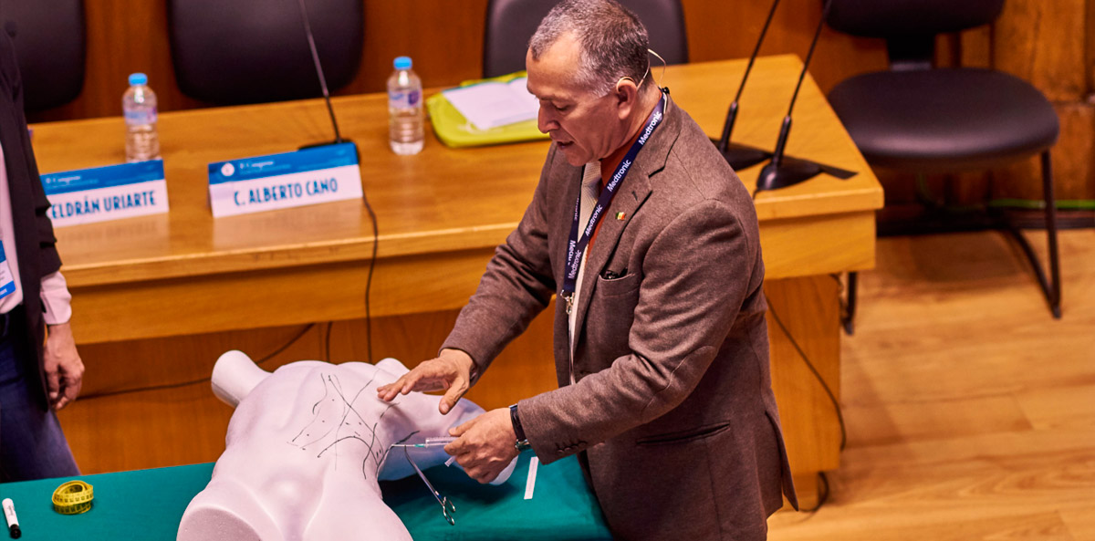Taller Toxina Botulínica impartido por Dr. Ibarra en el II Congreso SoHAH   Madrid 2018